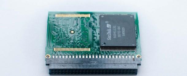 Com'è fatta una Compact Flash (CF)